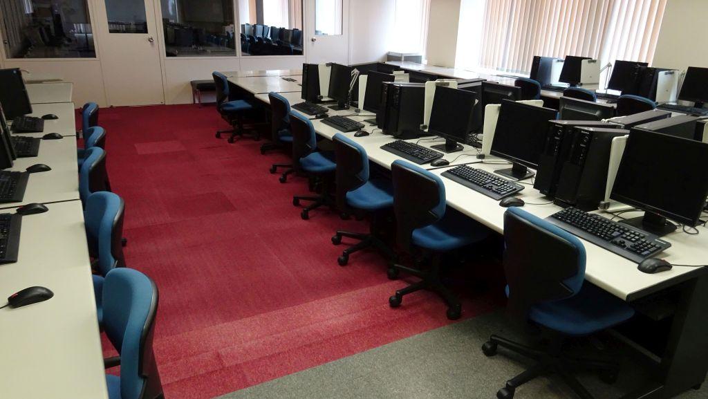 62実習室